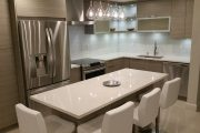 Фото 21 Маленькая кухня: тонкости оформления и 80+ максимально функциональных интерьеров