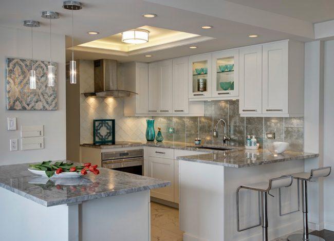 Барная стойка станет оптимальным способом организации пространства в современных квартирах и домах