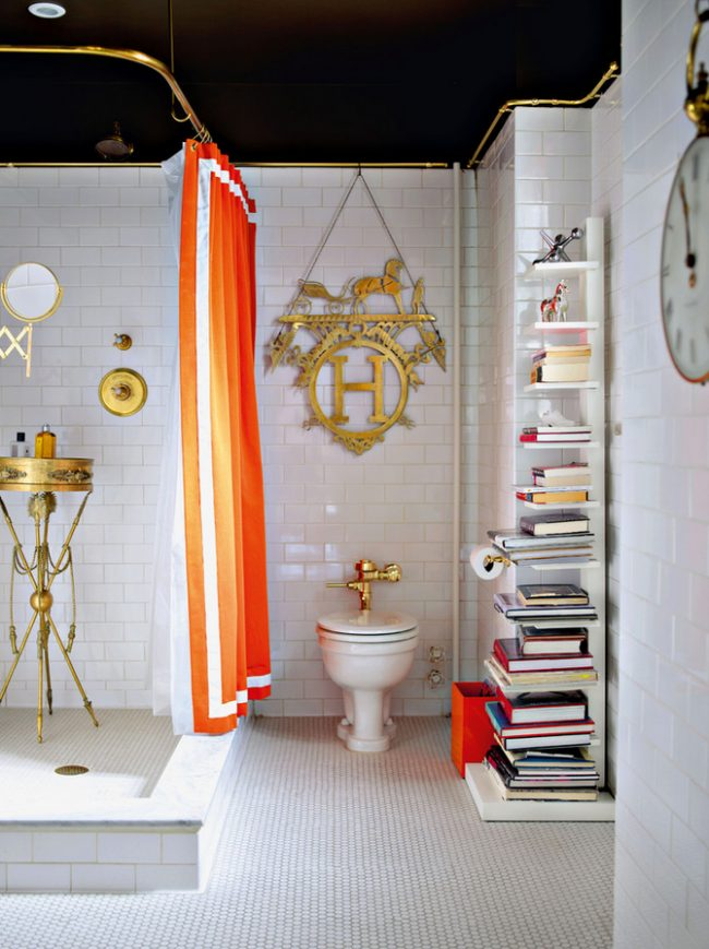 Красивая ванная комната в викторианском стиле