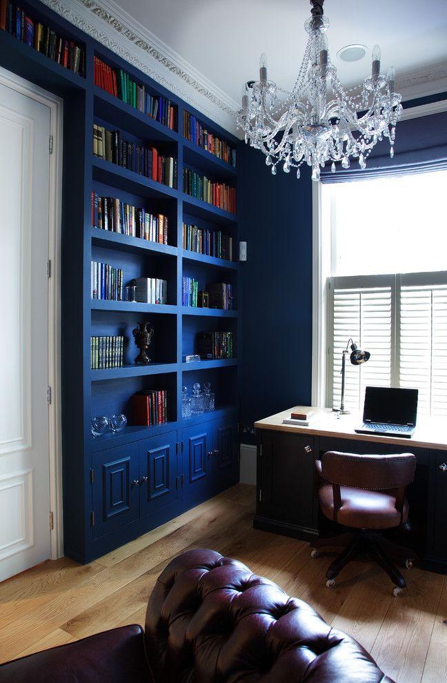 Насыщенные синие обои для интерьера в викторианском стиле