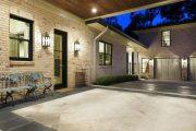 Фото 32 Комфортная жизнь за городом: обзор лучших проектов одноэтажных домов с гаражом