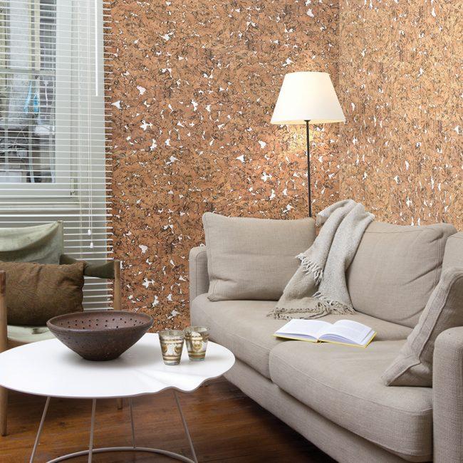 С помощью бумажной основы создается ощущение, будто углубления на поверхности заполнены кварцевым песком или мелом