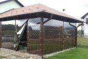 Фото 9 Прозрачные шторы для беседок и веранд: комфорт на даче круглый год и обзор наиболее изящных идей для декора