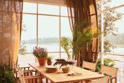 Фото 4 Прозрачные шторы для беседок и веранд: комфорт на даче круглый год и обзор наиболее изящных идей для декора