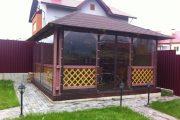 Фото 31 Прозрачные шторы для беседок и веранд (100+ фото): комфорт на даче круглый год и обзор наиболее изящных идей для декора