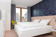 Фото 34 Спальные комнаты: как организовать интерьер в условиях ограниченного пространства и 85 лучших реализаций