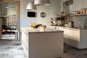 Фото 35 Чем отделать стены на кухне: обзор наиболее практичных и комфортных вариантов