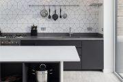 Фото 39 Чем отделать стены на кухне: обзор наиболее практичных и комфортных вариантов