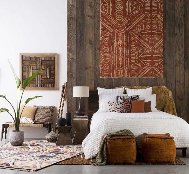 Орнамент на покрывале или ковре, как отличительная особенность культур, может создать особую атмосферу помещения