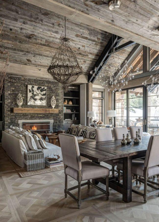Мебель в стиле прованс прекрасно вписывается в интерьер дома шале
