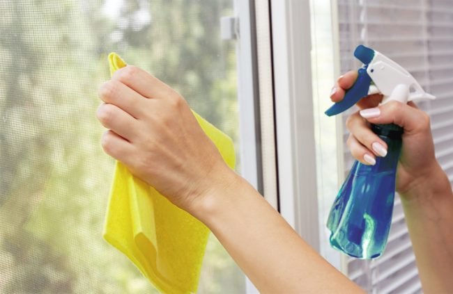 Пластиковые окна легко моются