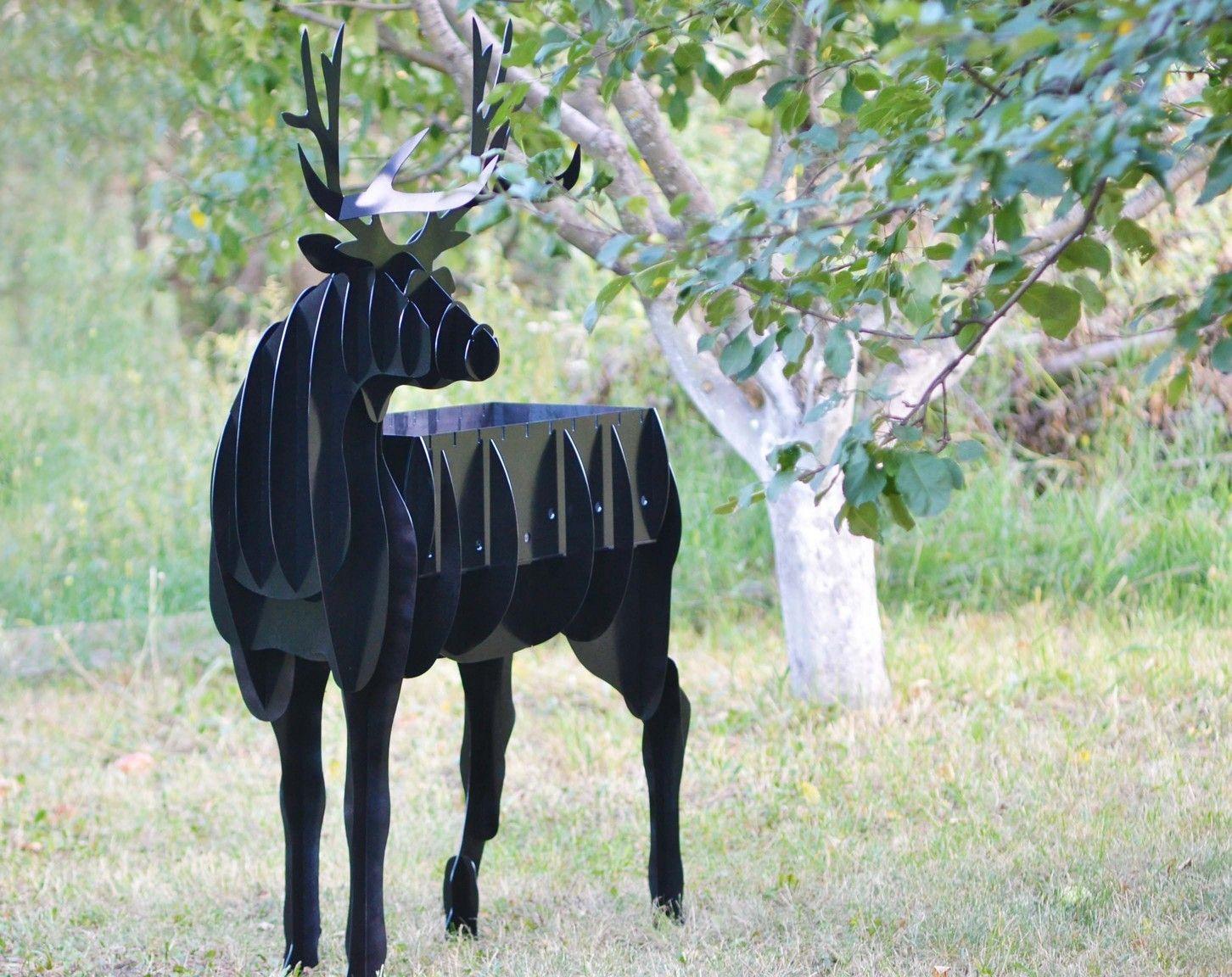 Необычный мангал в виде оленя