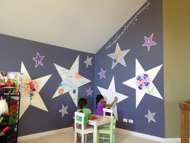 маркерная краска для стен: красивые стены с маркерным покрытием в интерьере детской комнаты