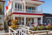 Фото 13 Планировка двухэтажного дома 8 на 8: варианты возведения и 85 лучших готовых проектов