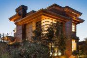 Фото 1 Планировка двухэтажного дома 8 на 8: варианты возведения и 85 лучших готовых проектов