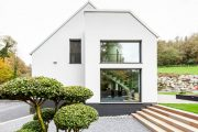 Фото 4 Планировка двухэтажного дома 8 на 8: варианты возведения и 85 лучших готовых проектов