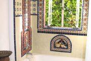 Фото 14 Панно из плитки в ванную: выбор настоящих эстетов и 80 утонченных интерьерных реализаций