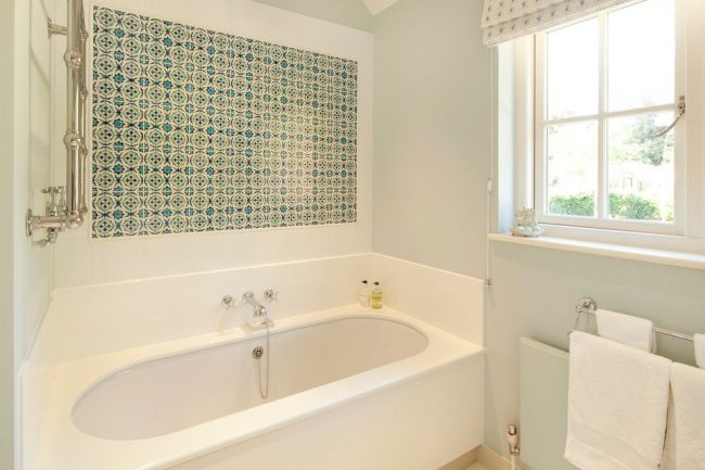 Панно из плитки в ванную: 80 фото лучших вариантов оформления
