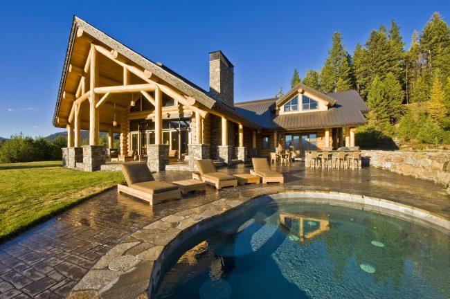 Для создания проекта дома из бруса следует использовать софт, оптимизированный под этот вид строительного материала