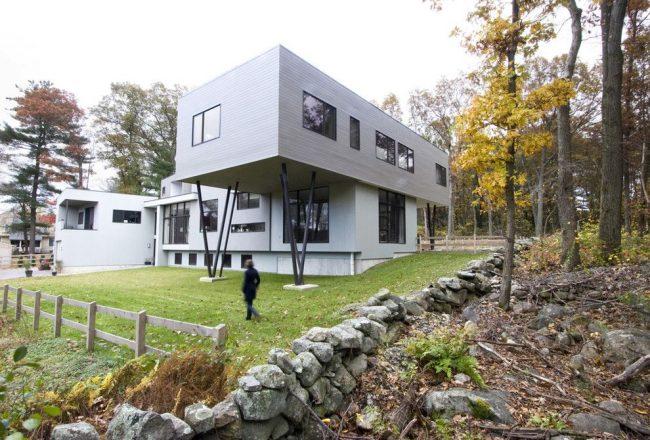 Необычный стильный каркасный дом