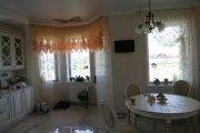 Фото 4 Тканевые натяжные потолки: особенности монтажа и 75 стильных решений для дома