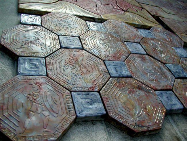 Дизайнерская тротуарная плитка с греческими мотивами
