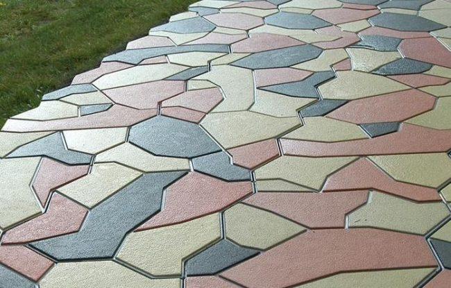 Комбинирование вибролитой тротуарной плитки разного цвета