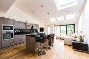 Фото 20 Угловой диван на кухню со спальным местом: как сделать кухонное пространство максимально комфортным и 75+ фотоидей