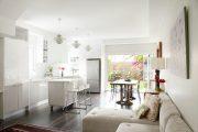 Фото 31 Угловой диван на кухню со спальным местом: как сделать кухонное пространство максимально комфортным и 75+ фотоидей