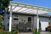 Фото 15 Пристроенная к дому веранда из поликарбоната: особенности возведение и 70+ стильных и надежных конструкций
