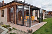 Фото 19 Пристроенная к дому веранда из поликарбоната: особенности возведение и 70+ стильных и надежных конструкций