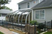 Фото 20 Пристроенная к дому веранда из поликарбоната: особенности возведение и 70+ стильных и надежных конструкций