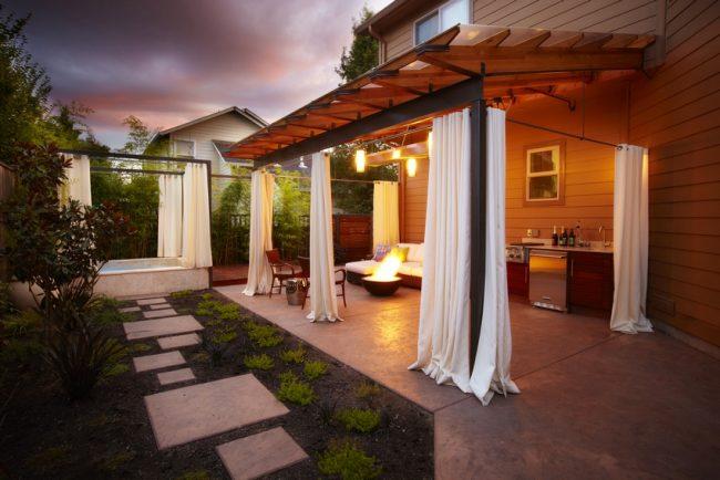 Уютная веранда послужит отличной зоной отдыха