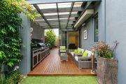 Фото 34 Пристроенная к дому веранда из поликарбоната: особенности возведение и 70+ стильных и надежных конструкций