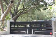 Фото 31 Автоматические ворота с дистанционным открытием: советы по выбору и все хитрости благоустройства территории частного коттеджа и гаража