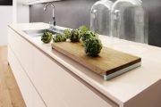 Фото 13 Белые глянцевые кухни: секреты гармоничного оформления и 80+ фото вдохновляющих интерьеров
