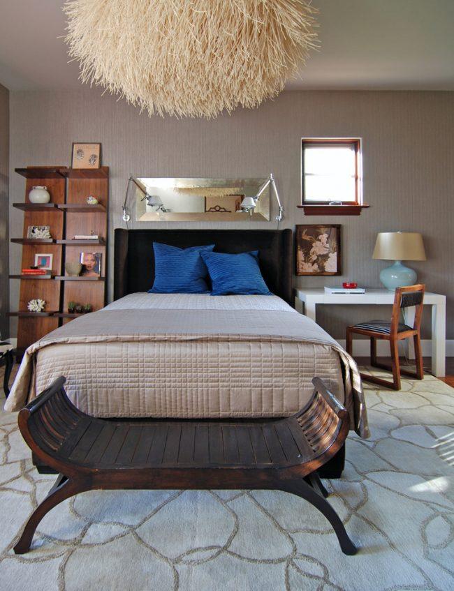 Несколько оттенков бежа, примененных в декоре спальни