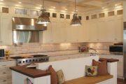 Фото 58 Диван на маленькой кухне: обзор практичных моделей диванов для комфортной кухонной зоны