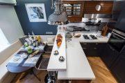 Фото 60 Диван на маленькой кухне: обзор практичных моделей диванов для комфортной кухонной зоны