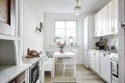 Фото 3 Диван на маленькой кухне: обзор практичных моделей диванов для комфортной кухонной зоны