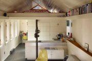 Фото 14 Диван на маленькой кухне: обзор практичных моделей диванов для комфортной кухонной зоны
