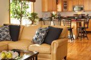 Фото 21 Диван на маленькой кухне: обзор практичных моделей диванов для комфортной кухонной зоны
