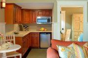 Фото 28 Диван на маленькой кухне: обзор практичных моделей диванов для комфортной кухонной зоны