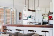 Фото 29 Диван на маленькой кухне: обзор практичных моделей диванов для комфортной кухонной зоны