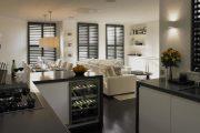 Фото 33 Диван на маленькой кухне: обзор практичных моделей диванов для комфортной кухонной зоны