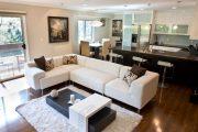 Фото 35 Диван на маленькой кухне: обзор практичных моделей диванов для комфортной кухонной зоны