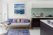 Фото 40 Диван на маленькой кухне: обзор практичных моделей диванов для комфортной кухонной зоны