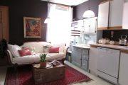 Фото 47 Диван на маленькой кухне: обзор практичных моделей диванов для комфортной кухонной зоны