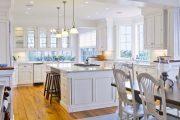 Фото 6 Дизайн совмещенной кухни-гостиной с барной стойкой: 75 мультифункциональных и современных интерьеров