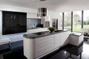 Фото 40 Дизайн совмещенной кухни-гостиной с барной стойкой: 75 мультифункциональных и современных интерьеров